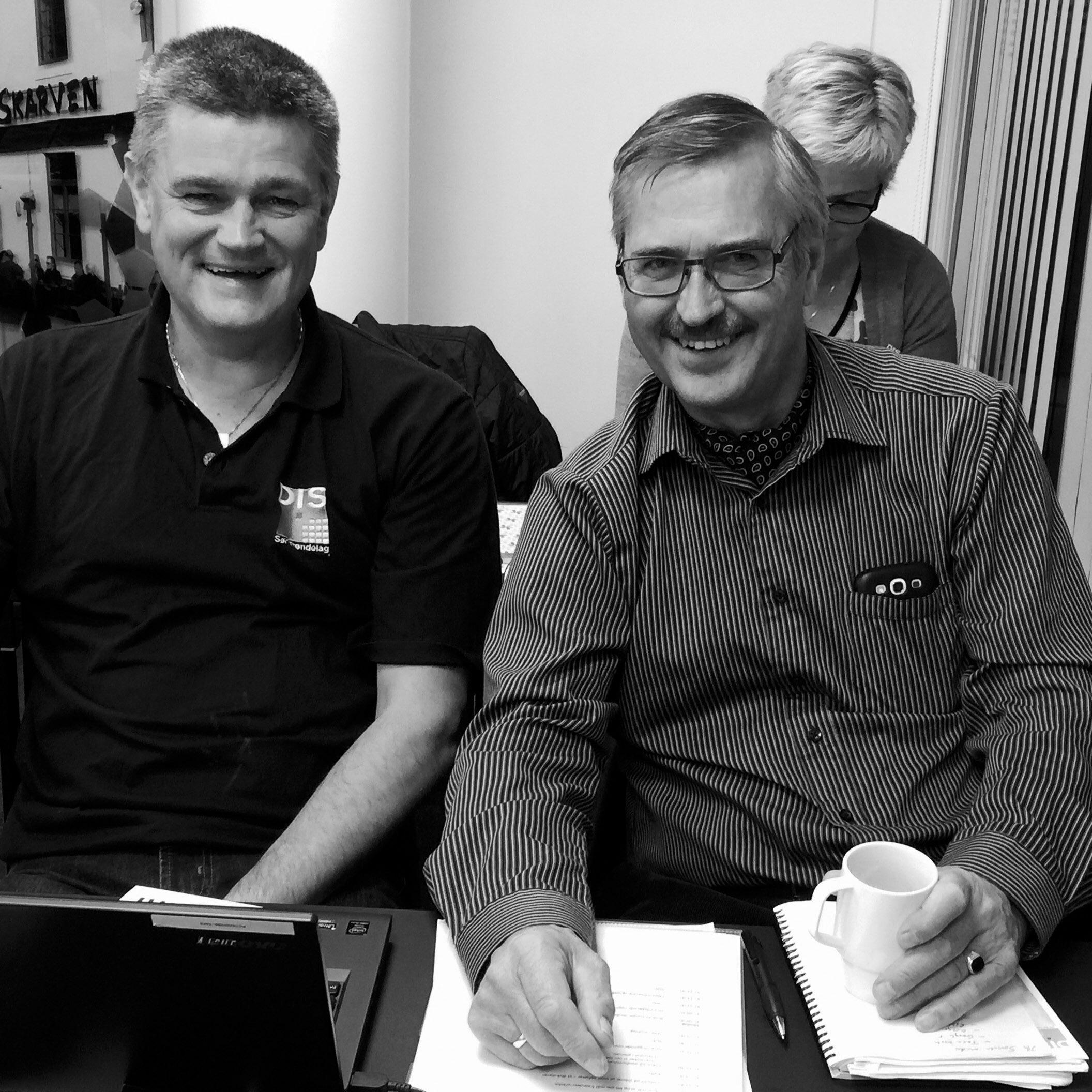 Slekt og Data - bilde av to menn på kurs