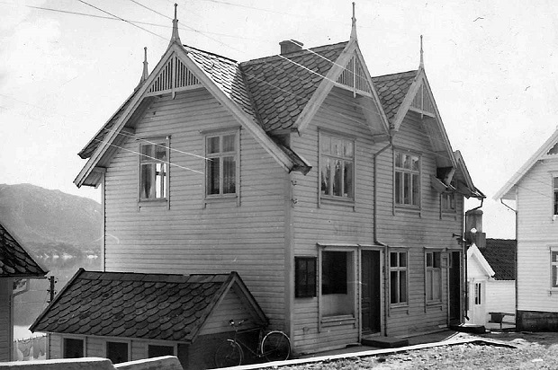Krambuen i Skjoldavik cirka 1947. Privat bilde. Fotograf Oddvar Jamne.